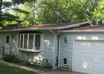 Foreclosed Home in Wonder Lake 60097 2809 WALNUT DR - Property ID: 1665562