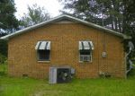 Foreclosed Home in Lumberton 28358 205 CHURCH ST - Property ID: 1688227