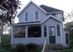 Foreclosed Home in Davenport 52802 817 N MARQUETTE ST - Property ID: 1084569