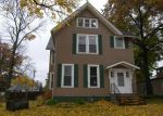 Foreclosed Home in Davenport 52803 637 KIRKWOOD BLVD - Property ID: 1387495