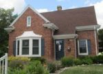 Foreclosed Home in Manitowoc 54220 2240 LA FOLLETTE AVE - Property ID: 1528557