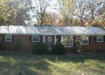 Foreclosed Home in Centerville 37033 1812 HIGHWAY 100 - Property ID: 1708424