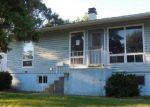 Foreclosed Home in Streamwood 60107 104 HICKORY AVE - Property ID: 1750076