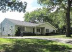 Foreclosed Home in Coram 11727 2 BUCHANAN AVE - Property ID: 2777026