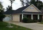 Foreclosed Home in Calera 35040 208 STONECREEK PL - Property ID: 2780464