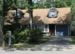 Foreclosed Home in Coram 11727 3 HAGEN CT - Property ID: 2811721