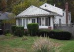 Foreclosed Home in Central Islip 11722 58A RIDGEWOOD AVE - Property ID: 2812606