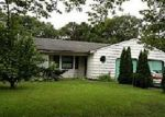 Foreclosed Home in Coram 11727 26 GLENMERE LN - Property ID: 2830493