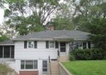 Foreclosed Home in Mchenry 60051 3515 RIVERSIDE DR - Property ID: 2873612