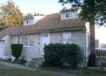 Foreclosed Home in Central Islip 11722 430 ELMORE ST - Property ID: 3127220