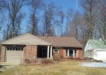 Foreclosed Home in Youngstown 44512 446 ORLO LN - Property ID: 3155733