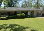 Foreclosed Home in Tallahassee 32305 811 BAHAMA DR - Property ID: 3193817