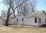 Foreclosed Home in Crystal Lake 60014 52 KENT AVE - Property ID: 3206866