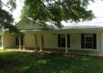 Foreclosed Home in Hanceville 35077 1041 COUNTY ROAD 535 - Property ID: 3210331