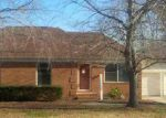 Foreclosed Home in Gastonia 28056 3521 HEATHER LN - Property ID: 3225201