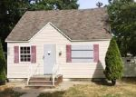 Foreclosed Home in Shirley 11967 95 ARGYLE DR - Property ID: 3266111