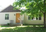 Foreclosed Home in Crystal Lake 60014 40 JOHN ST - Property ID: 3272654