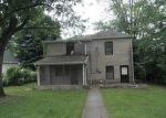 Foreclosed Home in Bedford 47421 520 OOLITIC RD - Property ID: 3272888