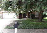 Foreclosed Home in Angleton 77515 8 STONEYBROOK ST - Property ID: 3296027