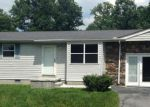 Foreclosed Home in Crossville 38555 742 BENT TREE DR - Property ID: 3311716