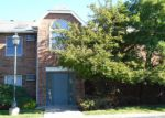Foreclosed Home in Lake In The Hills 60156 1374 CUNAT CT APT 2C - Property ID: 3319140