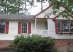 Foreclosed Home in Chester 23831 2924 SAND HILLS DR - Property ID: 3346473