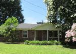Foreclosed Home in Decatur 35601 2205 APOLLA LN SE - Property ID: 3348101
