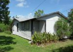 Foreclosed Home in Dickinson 77539 226 14TH ST - Property ID: 3351580