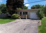 Foreclosed Home in Wonder Lake 60097 3804 GREENWOOD DR - Property ID: 3358263