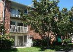 Foreclosed Home in Lake In The Hills 60156 1351 CUNAT CT APT 1B - Property ID: 3360963