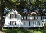 Foreclosed Home in Mount Morris 61054 412 N MCKENDRIE AVE - Property ID: 3361099