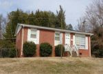 Foreclosed Home in Graham 27253 712 OAKGROVE DR - Property ID: 3362362