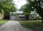 Foreclosed Home in Ponca City 74601 909 N PINE ST - Property ID: 3362991
