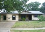 Foreclosed Home in Dallas 75217 10511 CASTLEROCK DR - Property ID: 3363276