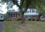 Foreclosed Home in Gastonia 28052 3042 MARIGOLD LN - Property ID: 3369018