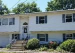 Foreclosed Home in West Babylon 11704 8 ROSE PL - Property ID: 3373205