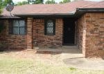 Foreclosed Home in Maumelle 72113 1 STONELEDGE DR - Property ID: 3376692