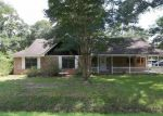 Foreclosed Home in Cleveland 77327 911 GARNER ST - Property ID: 3380018