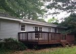 Foreclosed Home in Lawrenceville 30046 822 DAVIS RD - Property ID: 3383671