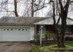 Foreclosed Home in North Olmsted 44070 3447 TREE LN - Property ID: 3388015