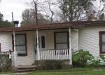 Foreclosed Home in Lake Jackson 77566 225 JASMINE ST - Property ID: 3402281