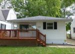 Foreclosed Home in Springfield 62704 1732 S 1ST ST - Property ID: 3412844