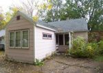 Foreclosed Home in Woodstock 60098 1006 JEWETT ST - Property ID: 3421818