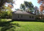 Foreclosed Home in Spring Grove 60081 27600 W STONEGATE DR - Property ID: 3421819