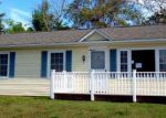 Foreclosed Home in Luray 22835 5 E OLD BARN RD - Property ID: 3428494