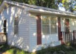 Foreclosed Home in Oxford 27565 509 HENDERSON ST - Property ID: 3435025