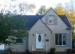 Foreclosed Home in Cleveland 44130 11714 MEADOWBROOK DR - Property ID: 3435111
