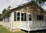 Foreclosed Home in Manitowoc 54220 1230 S 32ND ST - Property ID: 3447229