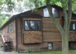 Foreclosed Home in Mchenry 60050 5002 MAPLEHILL DR - Property ID: 3447817
