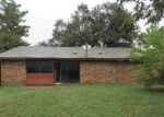Foreclosed Home in Arlington 76016 4012 RUSHVIEW DR - Property ID: 3451352